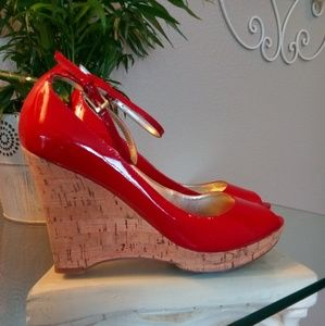 """Guess Patent Leather """"Della"""" Wedge"""